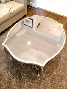 Price drop! $800 for four mirrored tables!!!