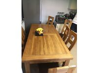 OAKLAND solid Oak dinning table