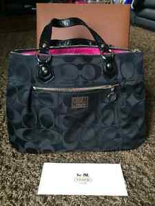 Authentic Coach purse- never been used