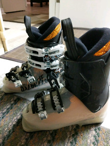 Ski boots kids young Dalbello - Made in Italy  size 12.5