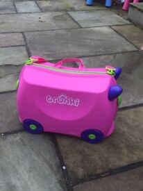 Kids suitcase - Trunki