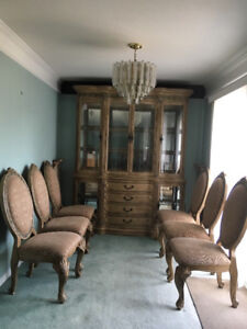 Dining Room Hutch/Table and Seven Chairs
