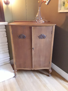 Beautiful antique armoire/cabinet