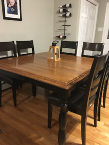 Beautiful Solid Wood Table & Chairs