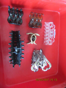 14 HAIR CLAW CLIPS IN VARIOUS SIZES FOR LESS THAN 25 CENTS EACH