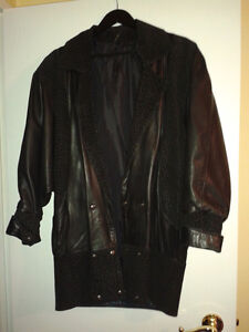 suede and leather 3/4 lenth coat London Ontario image 2