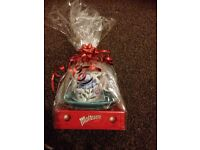 Cup n saucer gift set with chocolates