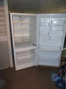 Kenmore fridge and freezer combination