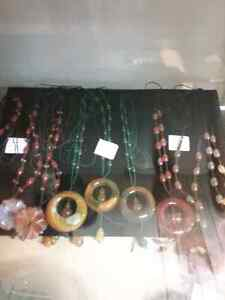 Bracelets, earrings, necklaces and 600 booths to explore  Cambridge Kitchener Area image 6