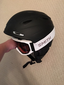 New Smith Mens helmet and Goggles