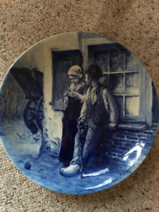 Royal Delft Charger (plate)