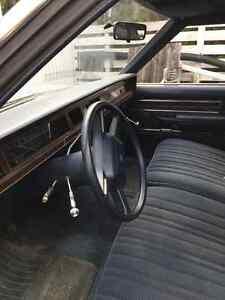 1985 Ford Crown Victoria Sedan London Ontario image 3