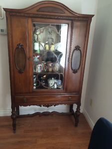 Early 1900's China/Curio Cabinet