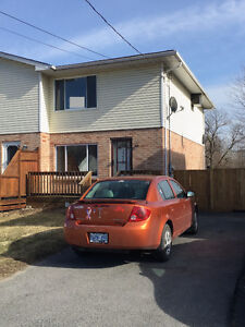 Lowest priced Townhome in Cornwall, ACT FAST!!