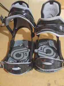 Snowboard bindings Cambridge Kitchener Area image 1