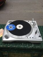 Numark USB Turntable