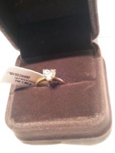 14KT Soild Gold Ring