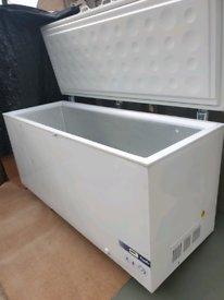 Commercial 180cm wide super large chest freezer,excellent. Delivery