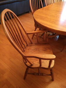 Solid Oak Dining Table and 6 chairs Gatineau Ottawa / Gatineau Area image 2