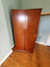 Beithcraft Wardrobe, Chest of drawers & bedside table