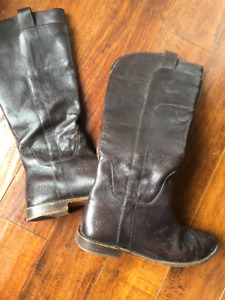 Frye Paige Boots – Dark Brown, Size 8.5