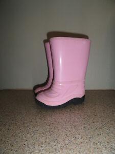 Bottes de pluie et «duck shoes»