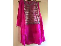 Girls indian outfit size 36 age 10+