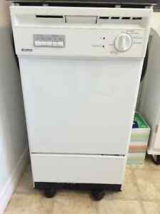 Apartment size rollaway dishwasher