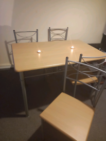Dining table 4x chairs