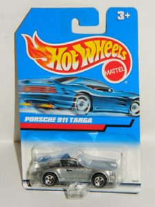 Hot Wheels 1/64 Porsche 911 Targa Diecast Car