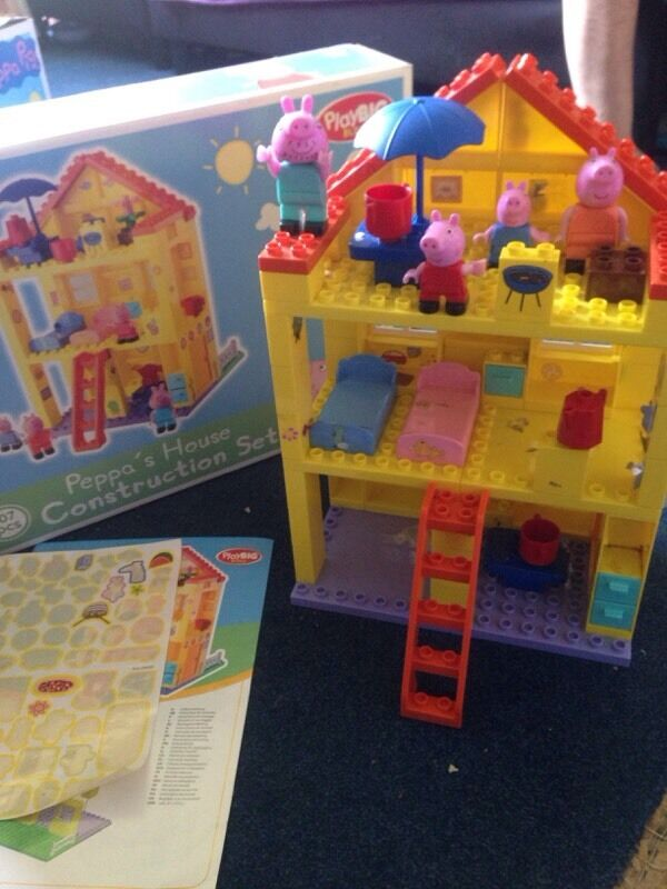 Peppa pig build a block house