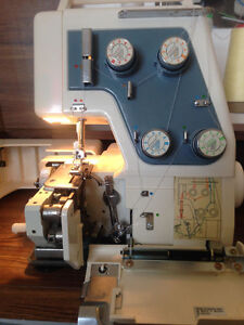 SERGER -  TABLE. -  EXTRAS......,