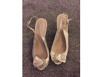 Ivory size 5 wedding shoes