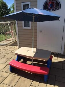Little Tikes® Easy Store™ Picnic Table with Blue Umbrella