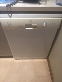 Zanussi 600 wide freestanding dishwasher