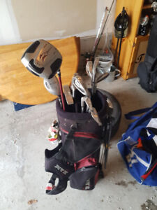 Men's Right-Handed Golf Clubs - Assorted