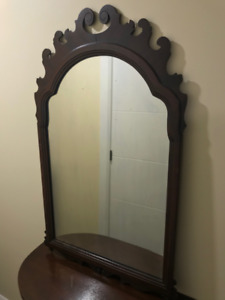 Vintage antique Table, mirror