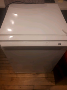 Working GE Fridge for Sale