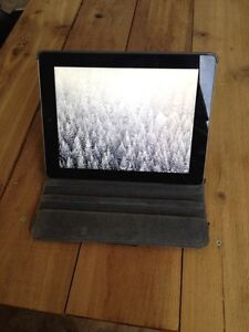 32G 3rd GEN IPAD - GREAT CONDITION