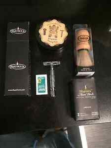 Shaving kit safety razor DE