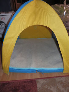 NEW PORTABLE CANVAS BED/TENT