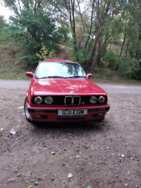 BMW E30 318 i