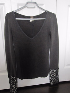 Long Sleeve Top by We The Freet - Size Medium