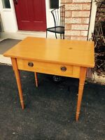 Antique pine Canadiana one drawer table