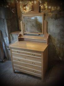 Antique oak dresser/ chest of drawers