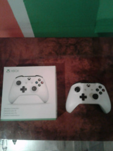 New xbox one Controller and Nintendo 2DS for sale