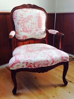 Two chairs / Deux chaises