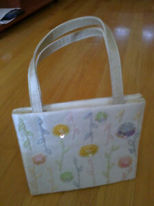 Women's white sequin floral handbag purse Excellent condition