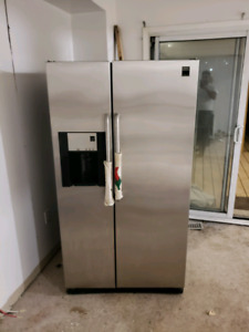 Frigidaire Stainless Steel Side by Side Fridge