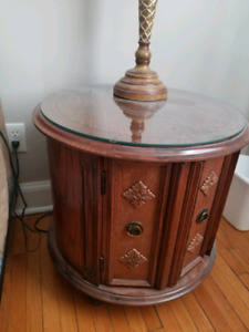 2 Round End Tables